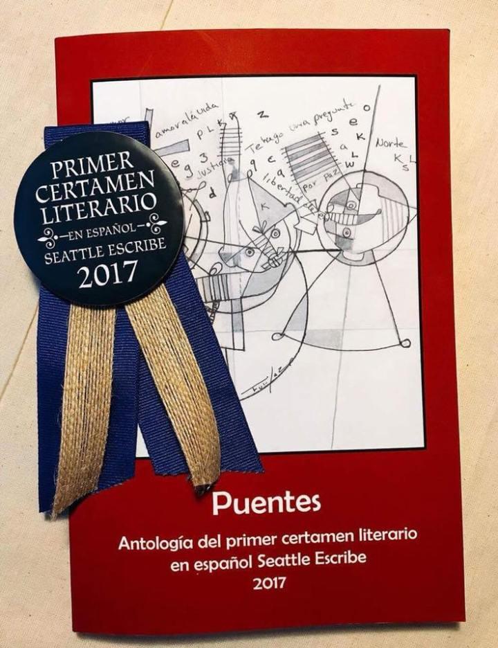 """Premiación y presentación de la primera antología """"PUENTES"""", por el grupo de escritores Seattle-Escribe."""